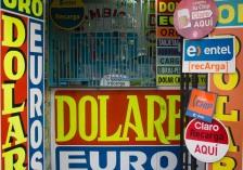 Dollares, Dollares, Dollars. Euro.